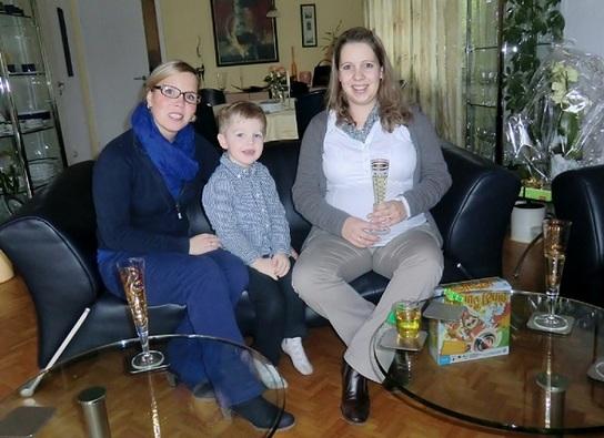 5) Iris, Linus, Tina.JPG