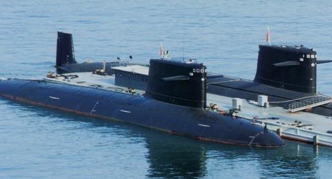 中国海軍原潜.jpg