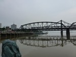 将軍様の鉄橋.jpg