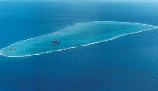 沖の鳥島.jpg