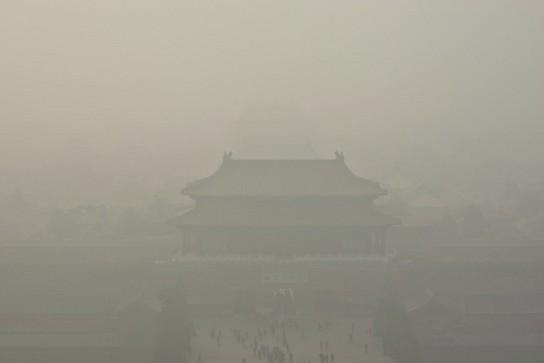 深刻な大気汚染の北京.jpg