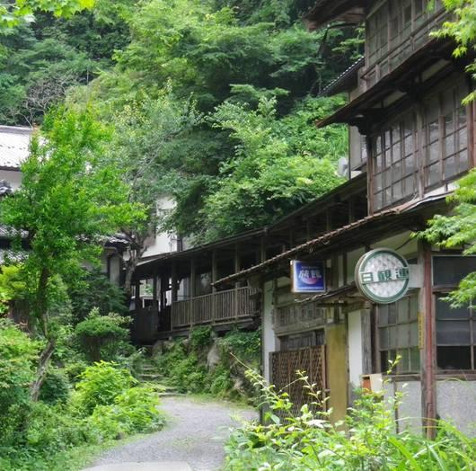 柳屋旅館入口.JPG
